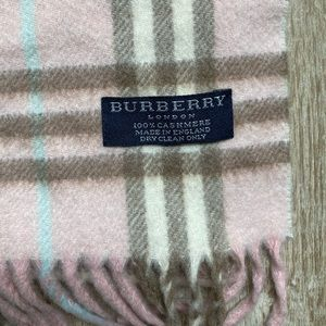 Authentic BURBERRY 100% cashmere scarf NWOT